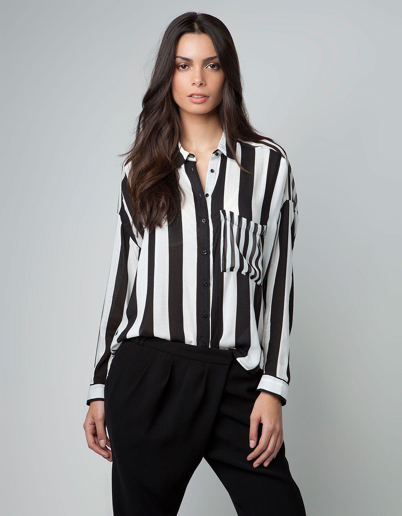 ca80885665 Bershka España - Camisa Bershka rayas combinadas. blusa a lo