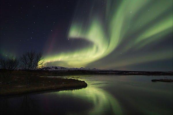 Se procura paz não deixe de visitar a #Islândia, o país mais pacífico da Europa #HomeAwayZen http://ow.ly/JnjOl