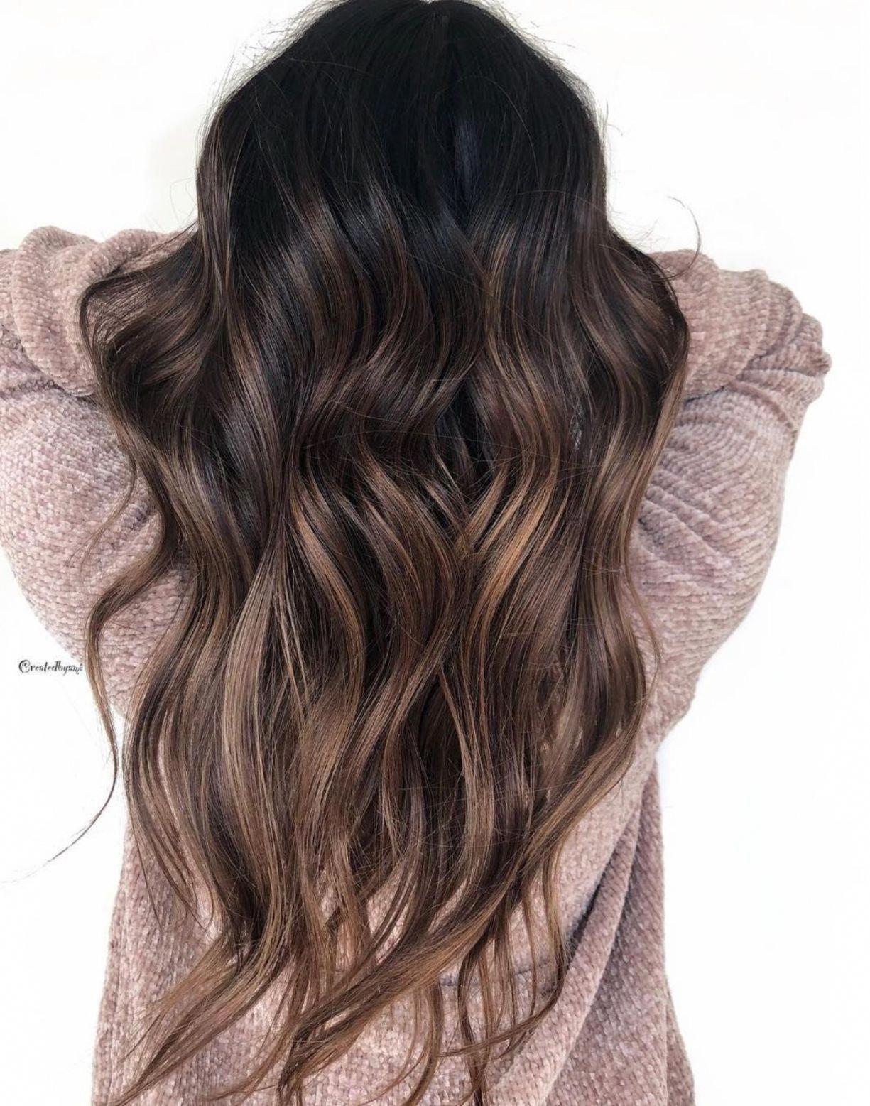 60 acconciature con capelli castano scuro con riflessi #brownhairbalayage