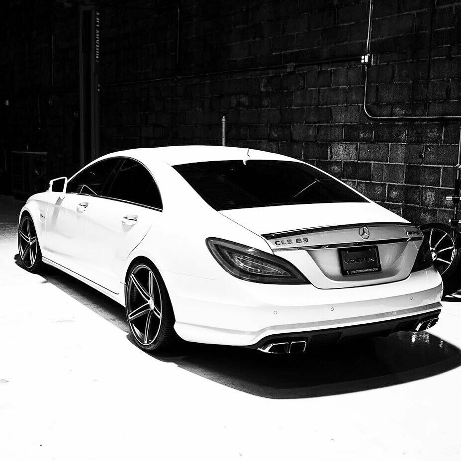 Mercedes Cls63 Amg C218 With Images Mercedes Benz Cls Sports