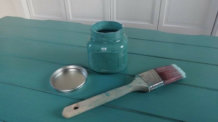 How to Make Chalk Paint For Your Furniture DIYs | DIY Projects