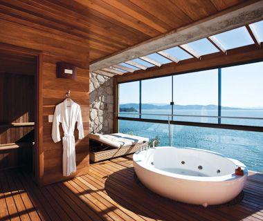 Splish splash. G ra Kadan  Hakone  Japan   Dream bathrooms  Pools and Brazil