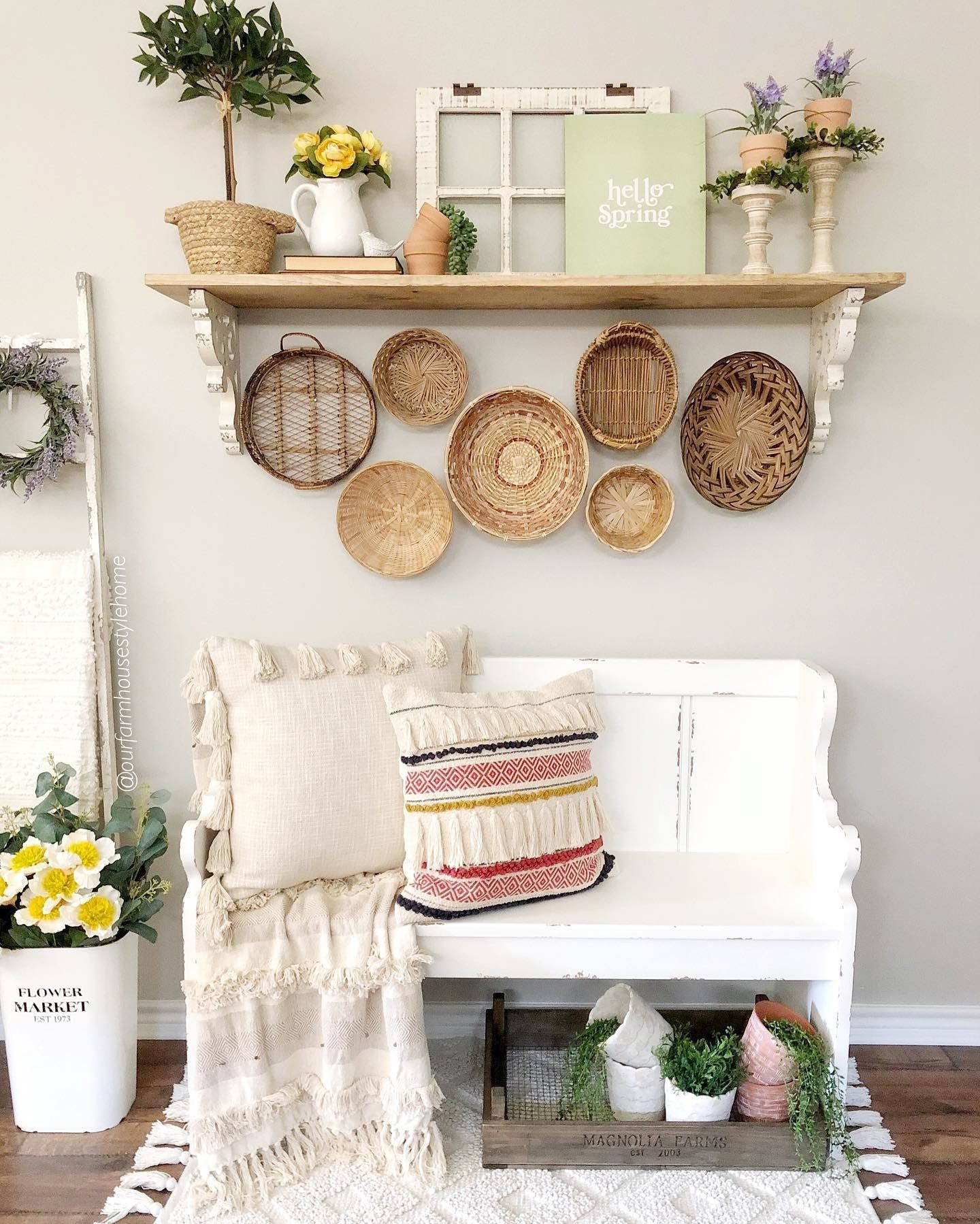 Here S Some Inspiration For Your Next Entryway Refresh Tap The Image To Browse All Benches And Ottomans To Find The Perfe In 2020 Kirkland Home Decor Home Decor Decor