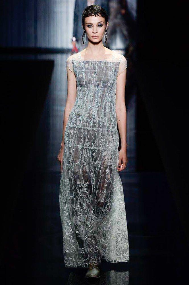57041627eed Giorgio Armani Spring 2017 Ready-to-Wear Collection Photos - Vogue
