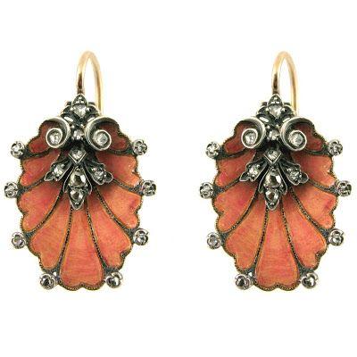 Sense of Style: Antikke Smykker og Sightseeing.