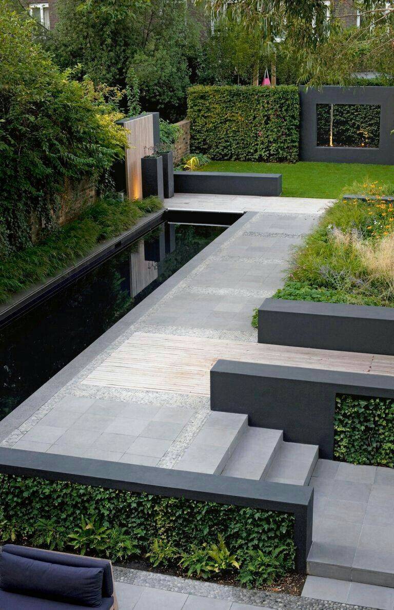 Striking Modern Garden Landscaping In Black And Grey Love It