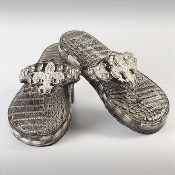 00bff7ee8 These must be the most expensive Flip Flops ever ...