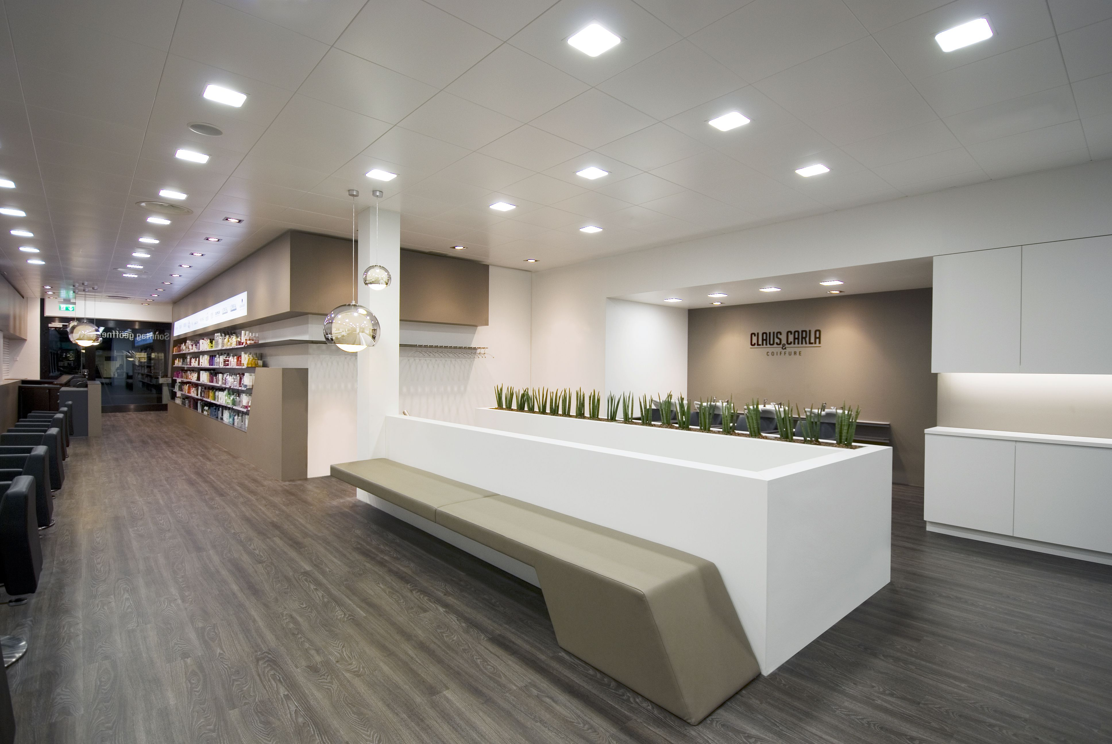 Coiffure claus & carla in basel switzerland. lighting products