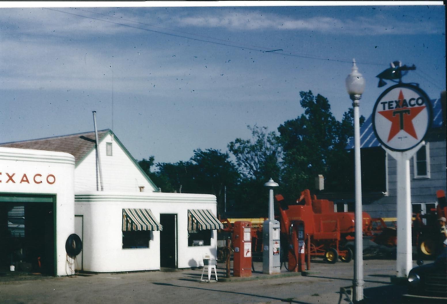Butler Manufacturing station, Holyrood, Kansas 1947