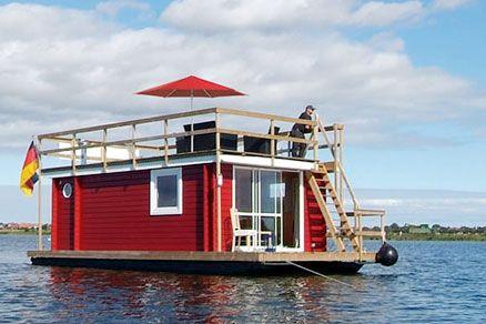 Hausboot on the Baltic Sea (Neustadt in Holstein