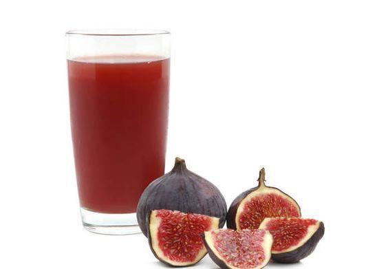Speed transit à la figueLes ingrédients pour 1 verre1 pomme granny2 figues violettes4 tomatesLe bonus détox/minceur De la figue dans un jus, on y pense rarement. Pourtant, on a tout à y gagner en cas d'intestins paresseux car c'est un fruit bourré de fibres. Et son apport énergétique est raisonnable : 1 figue (45 g) représente moins de 25 kcal. La pomme tend à stabiliser la glycémie (taux de sucre sanguin). Et la pléthore de minéraux (notamment potassium, magnésium et phosphore) de la tomate…