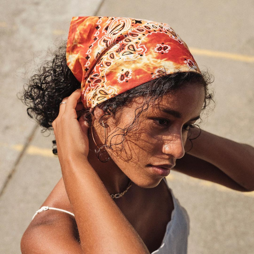 """Urban Outfitters Europe on Instagram """"How to wear your bandana ..."""
