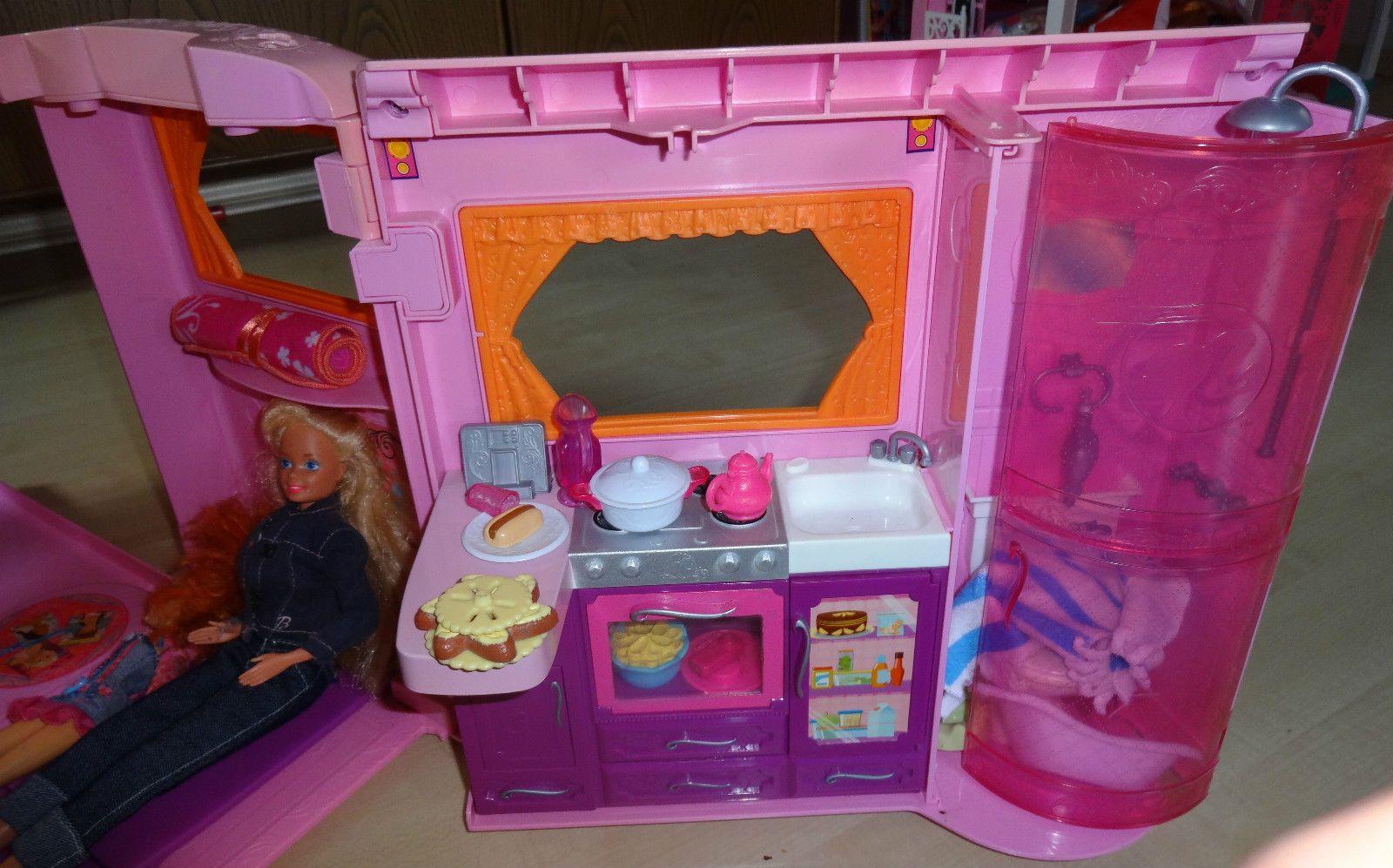 Barbie Mobili ~ Barbie mattel glamour camper mit viel zubehör fÜnf barbie puppen