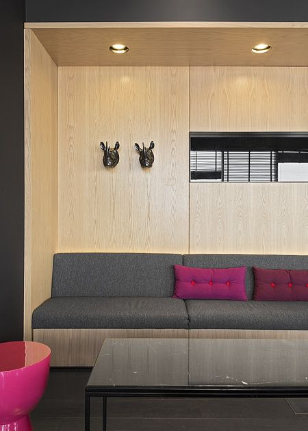 russia 2014 - azimut st. petersburg - 18th. floor - bar - sky bar - carrara marble - wood panel - lounge - sofa - armchair - floorboard - wood panel - poof - lounge corner - rhino - dark - holz - holzverkleidung - bank - schwarz - nische - grau - schwarz - nashorn - marmor - tisch