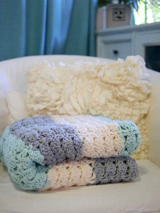 Easy Crochet Shell Stitch Blanket Pattern | Crochet Ideas ...