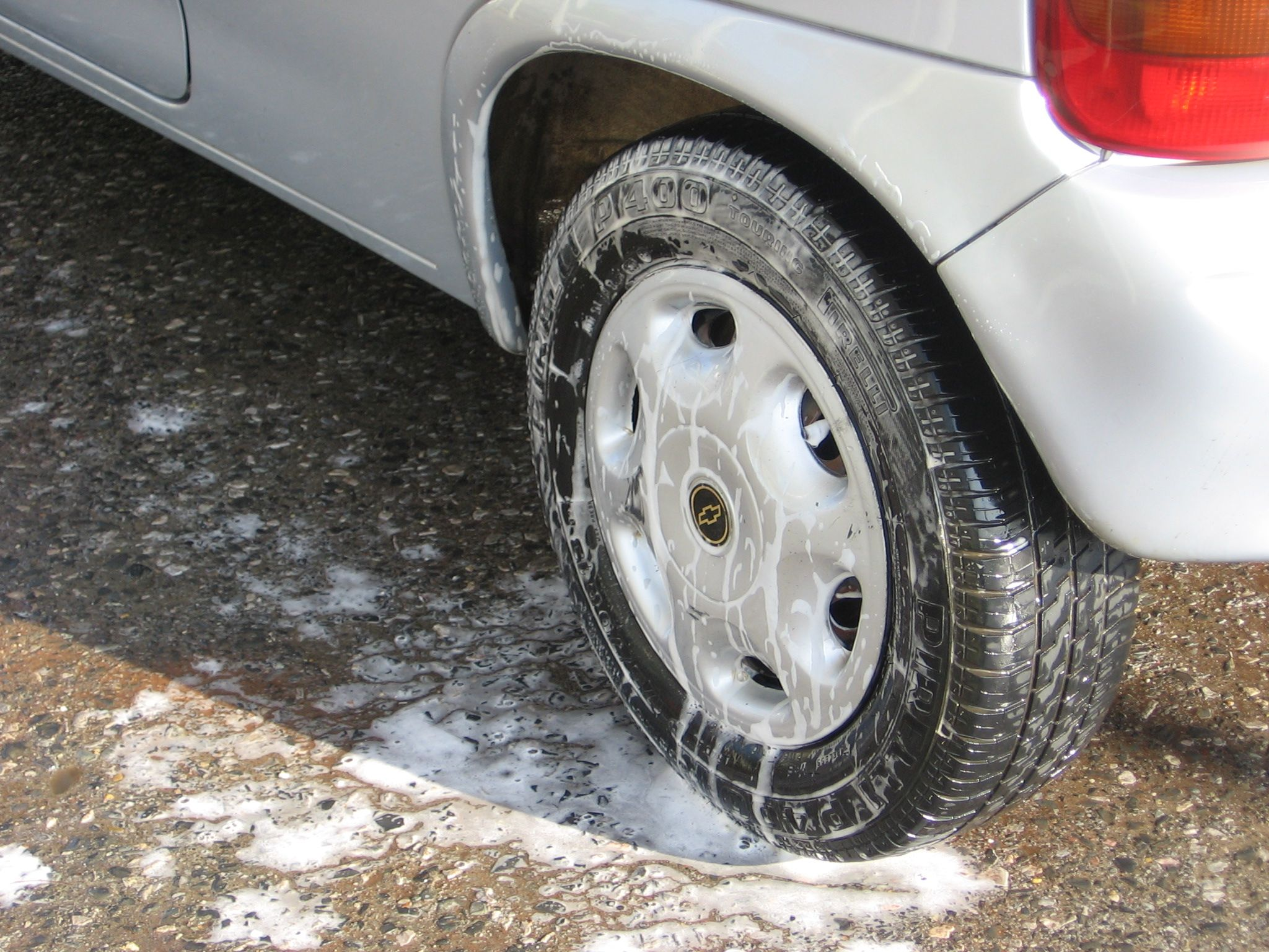 Tips for hand washing your vehicle.