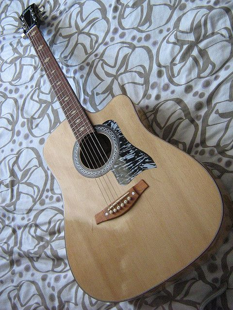 Lumanog Guitar Guagua Pampanga Http Sawfishaudio Com Http Guitarclass Org Guitar Pampanga Philippines