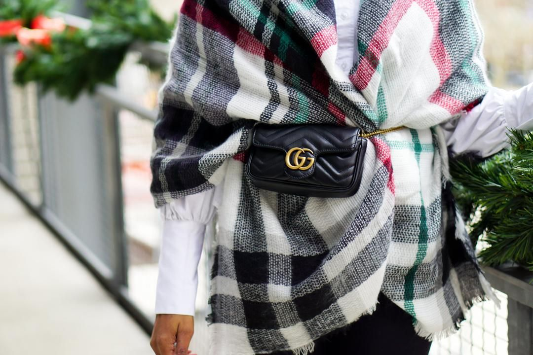 b2f7ebe125a3cd How to Rock the High-Fashion Fanny Pack | Bags | Gucci mini bag ...