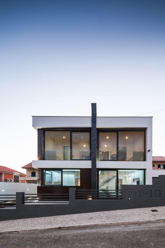 Прекрасный дом в Португалии от компании JPS Atelier #Architecture #Design
