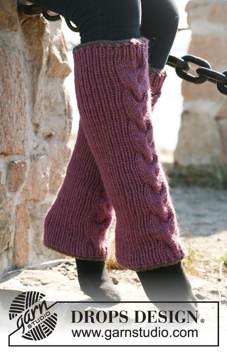 Knitted DROPS leg warmers with rib, cable and crochet borders in ...