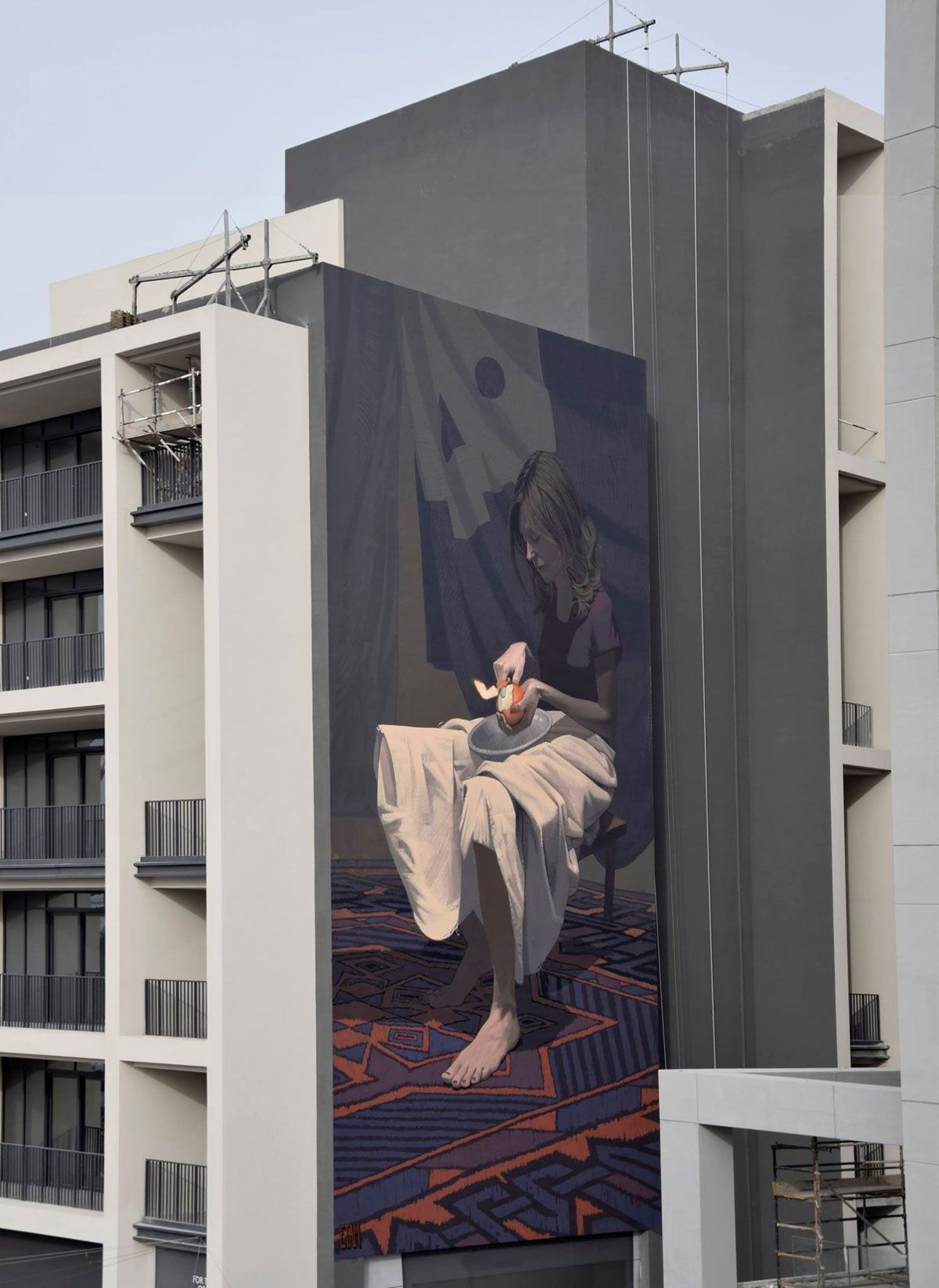 Graffiti wall uae - Etam Cru Girl With The Orange Mural Painted For Dubai Walls Initiative In Dubai Uae