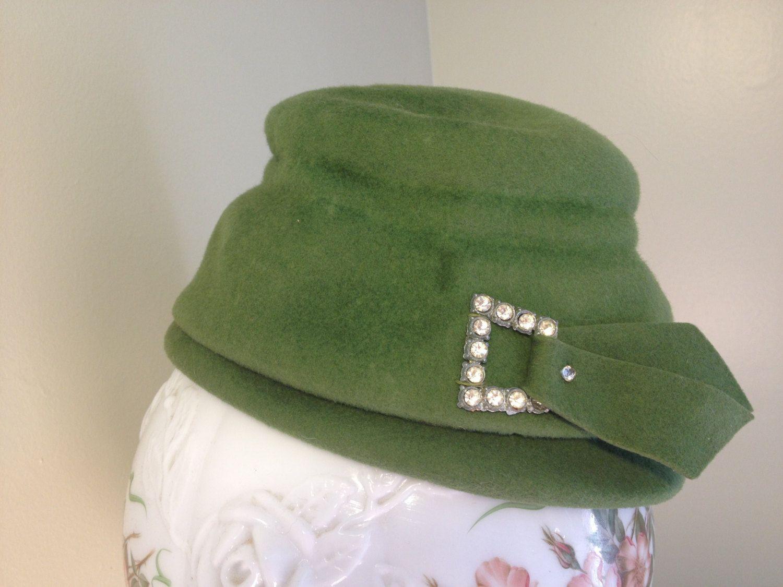 1950s Green Felt Cloche Hat