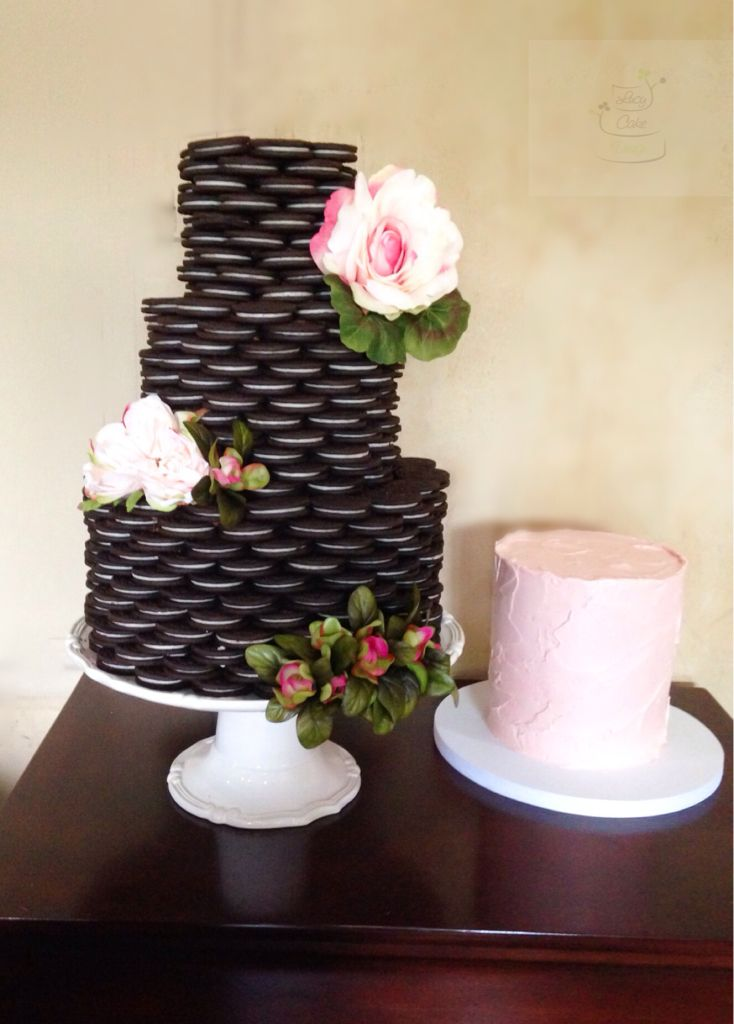 Oreo Cookies wedding cake. Lucy Cake Design, San Diego. Wedding