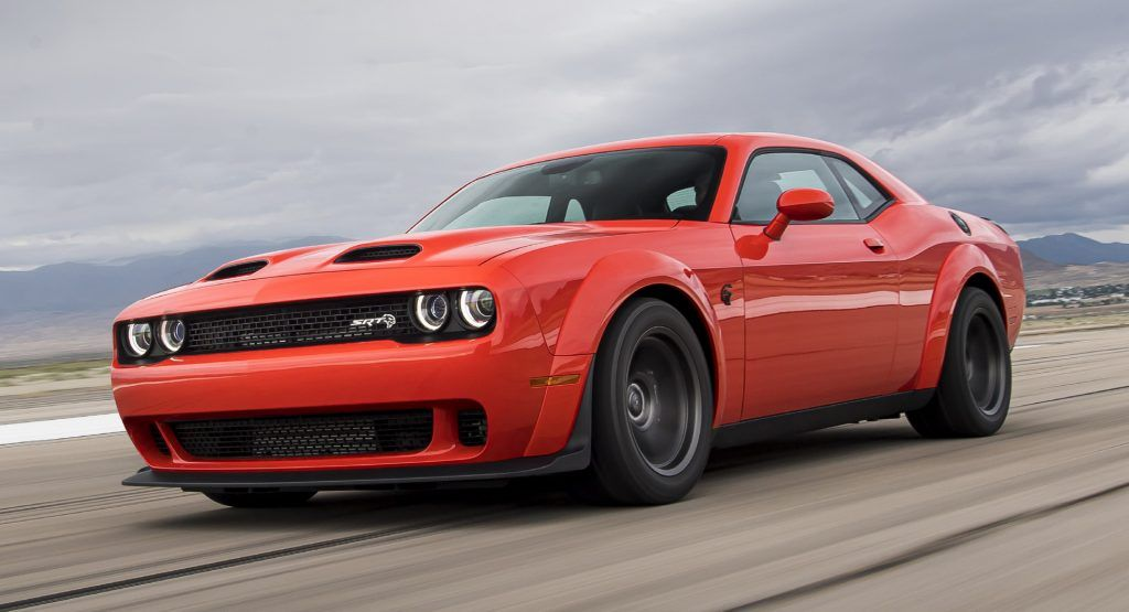 Dodge S Aging Challenger Outsells New Mustang And Camaro In Q3 2020 Taking 42 Of The Muscle Car Market Carscoops Dodge Challenger Srt Dodge Challenger Challenger Srt