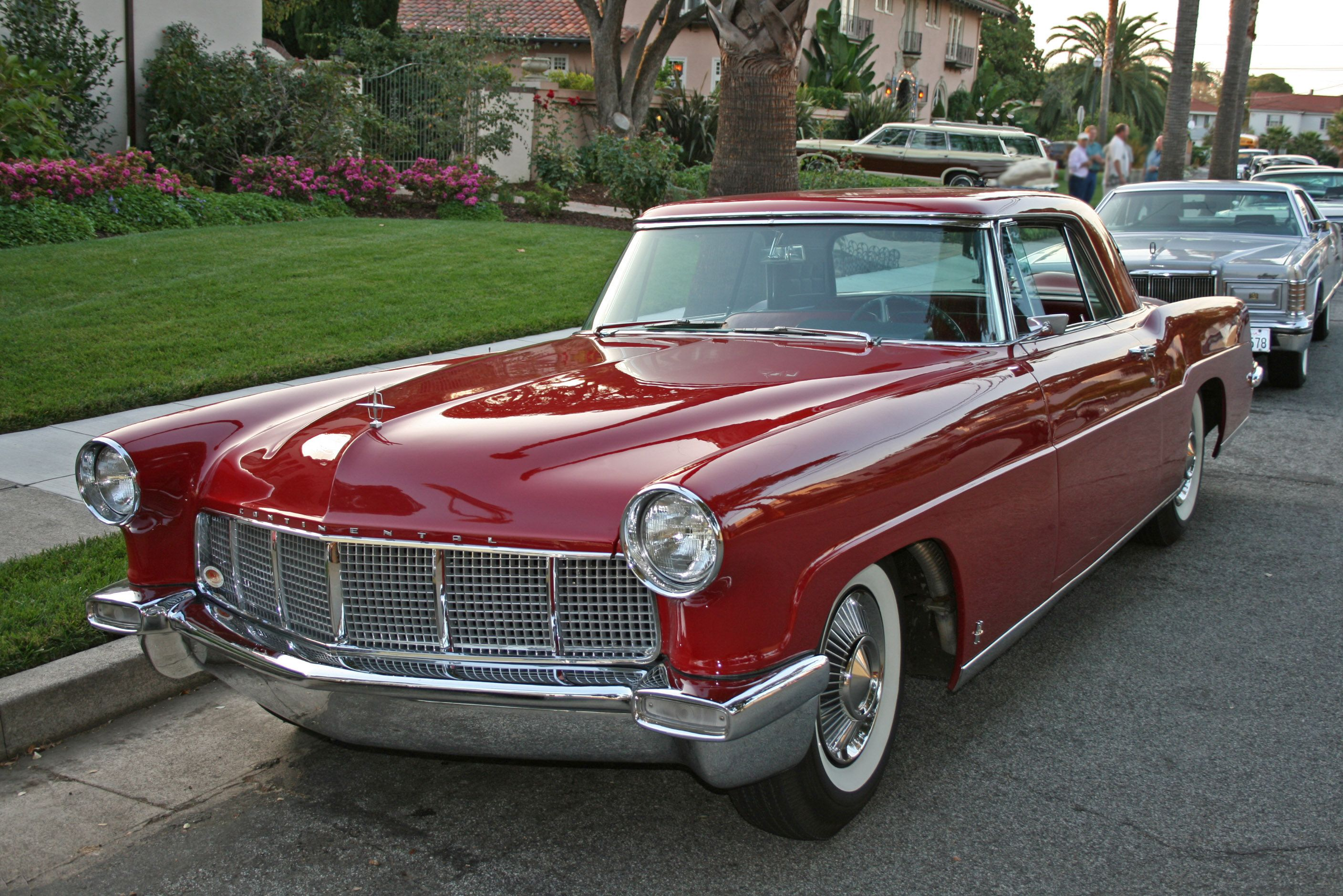 photo-of-old-lincoln-continental-mark-ii_e4792.jpg (2816×1880 ...