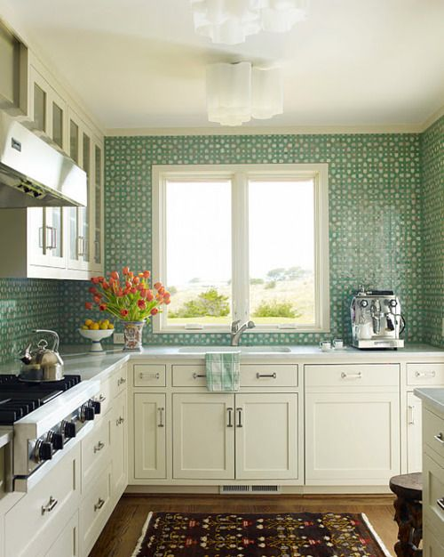 turquoisetulipsandbliss:    Tiled Tuesday!    This may or may not be my dream kitchen. White cabinetry. Teal decor. A tea pot resting on the stove. And even a vase of tulips!