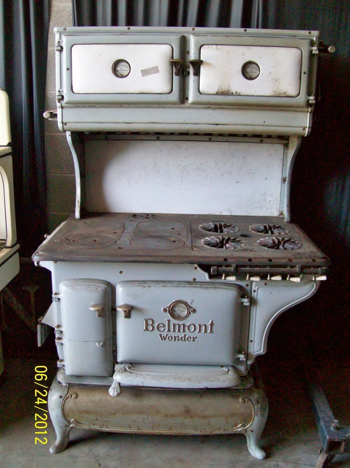 antique stove belmont wonder | antique stove and cabins