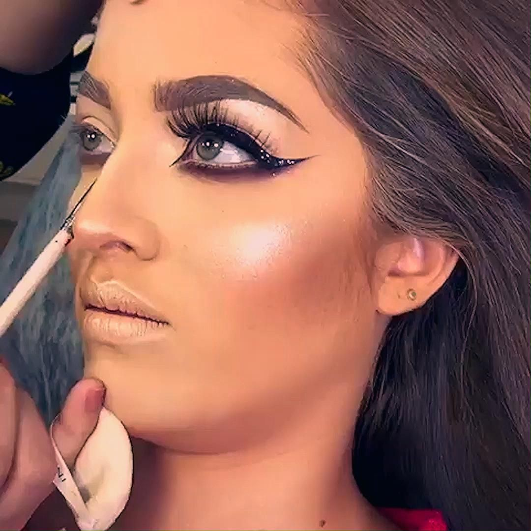 Photo of GLAM MAKEUP LOOK