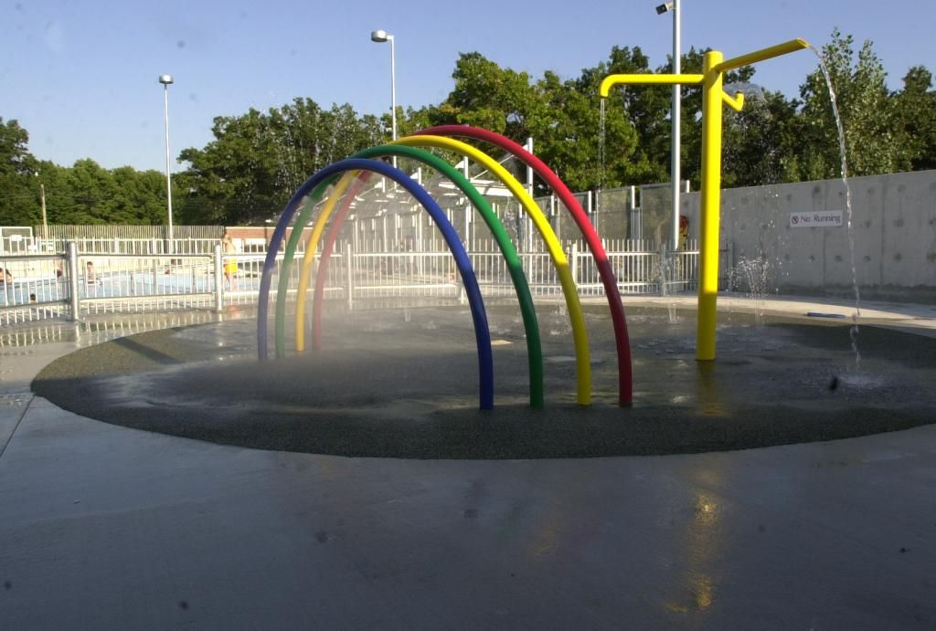 I really like the way the rings on this splash pad spray ...