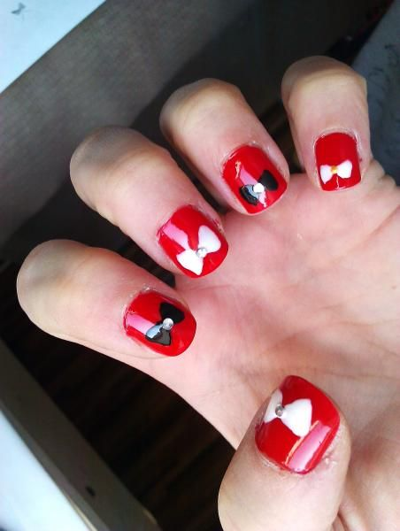 Reader Nail Art Week: Photo Diary: 5 Things You Never Knew About Fashion Week