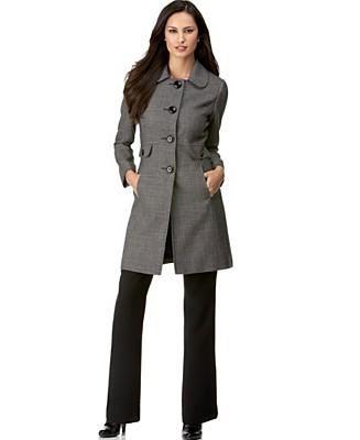 I love Tahari suits! | Sophisticated looks | Pinterest | Gladiators
