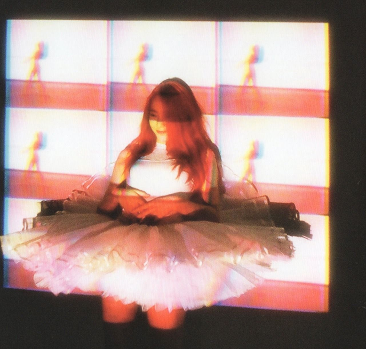 Krystal pink tape teaser | psychedelic | Krystal, Krystal ... F(x) Krystal Pink Tape