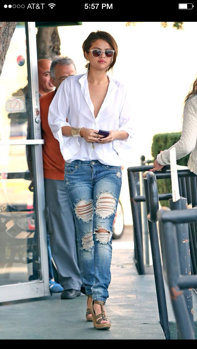 Salena Gomez in a low cut white t & adorable boyfriend jeans. Love ...