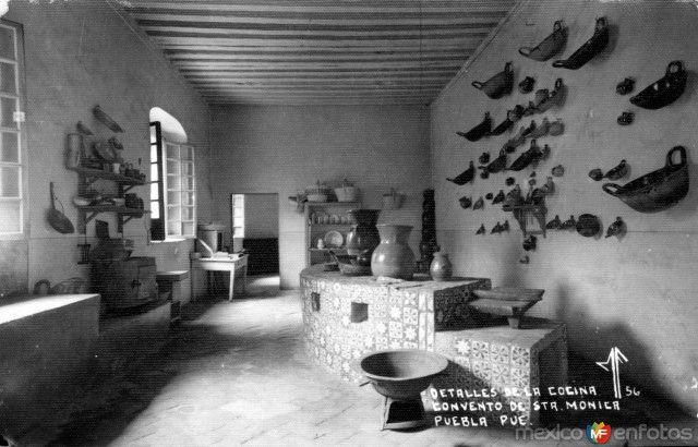 Fotos de Puebla, Puebla, México: Cocina del Convento de Santa Mónica |  Santa monica, Fotos, Santos