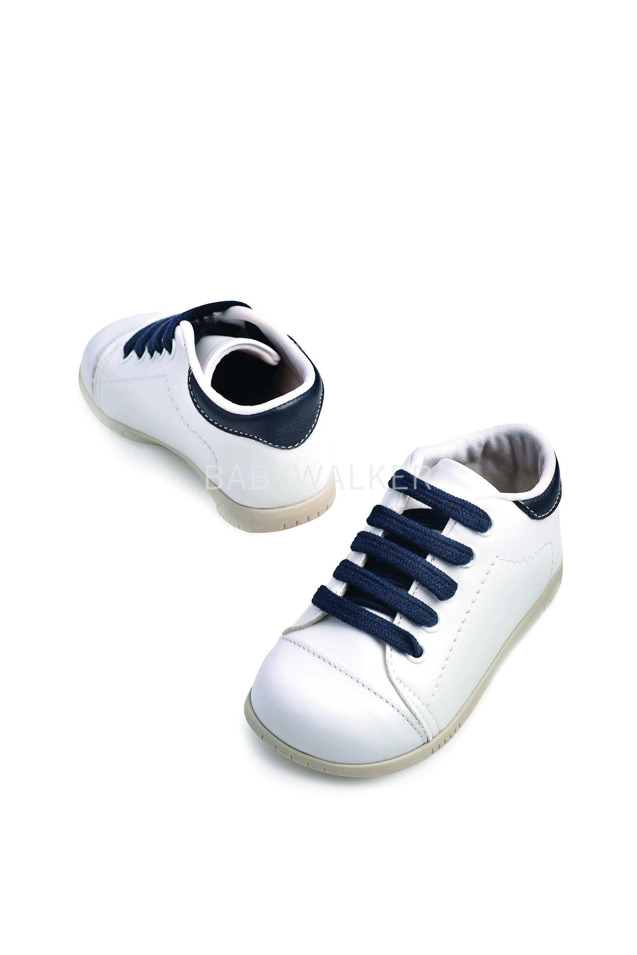 5f15b85c2d1 Βαπτιστικό παπούτσι Babywalker για αγόρι από συνθετικό δέρμα σε λευκό-μπλε.
