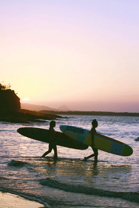 Surf with friends!