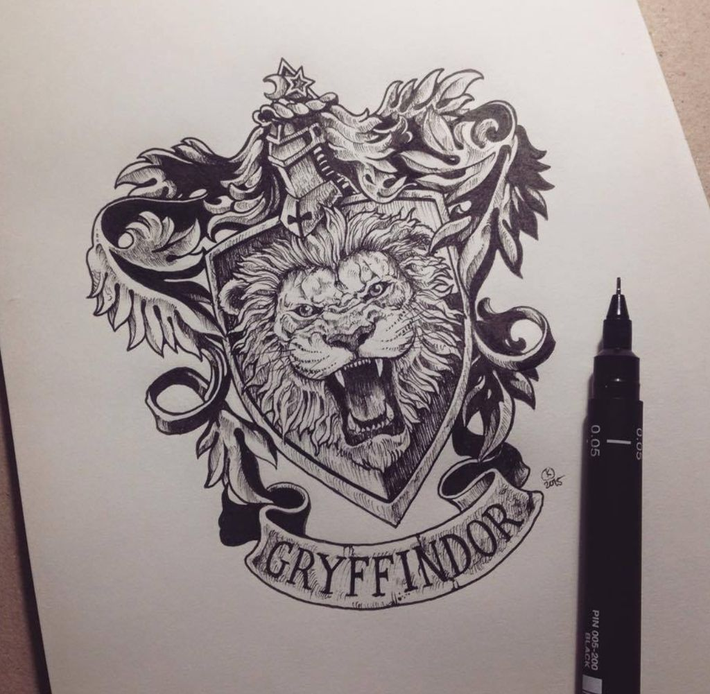 Gryffindor crest tattoo tattoos piercings harry potter sketch harry potter fan art harry - Harry potter dessin ...