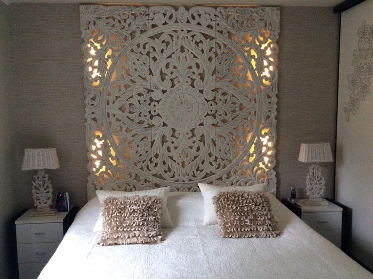 Led Verlichting Slaapkamer : Mooie slaapkamer hout snijwerk zelf led verlichting erachter