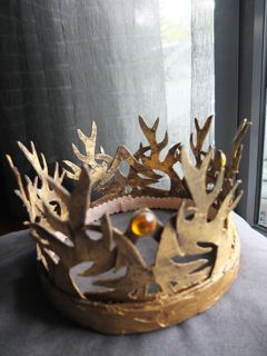 17 best diy game of thrones crafts crown and tutorials