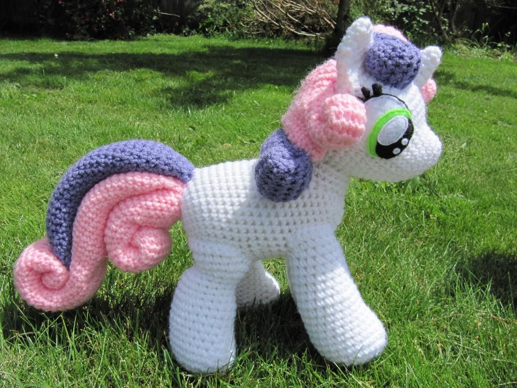 Little Amigurumi Patterns Free : Sweetie belle from my little pony sweetie belle pony and belle