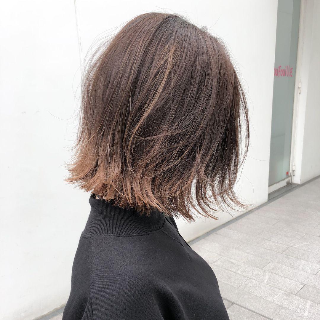 ヘアカタ360 切りっぱなしボブ編 どこから見ても綺麗なシルエット 前だけじゃなく後ろ姿美人 横顔美人は髪の毛で印象を作ります きりっぱなしボブ 画像あり ヘアスタイル 髪型 ミディアム 黒髪 ヘアカット
