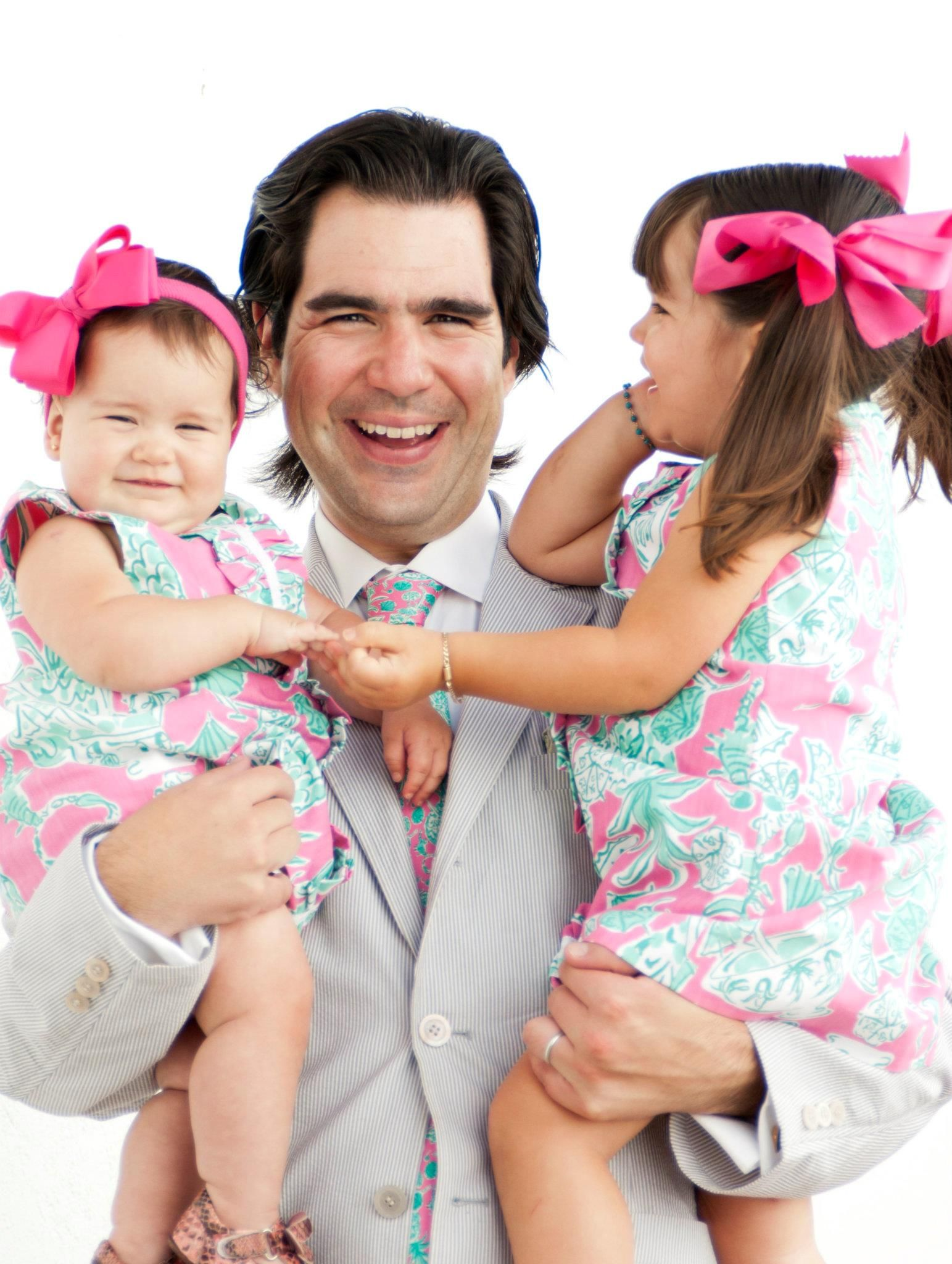 a54973fcd07ded Girls in Lilly Pulitzer dresses, Dad matching in a Lilly Pulitzer tie. So  adorable!