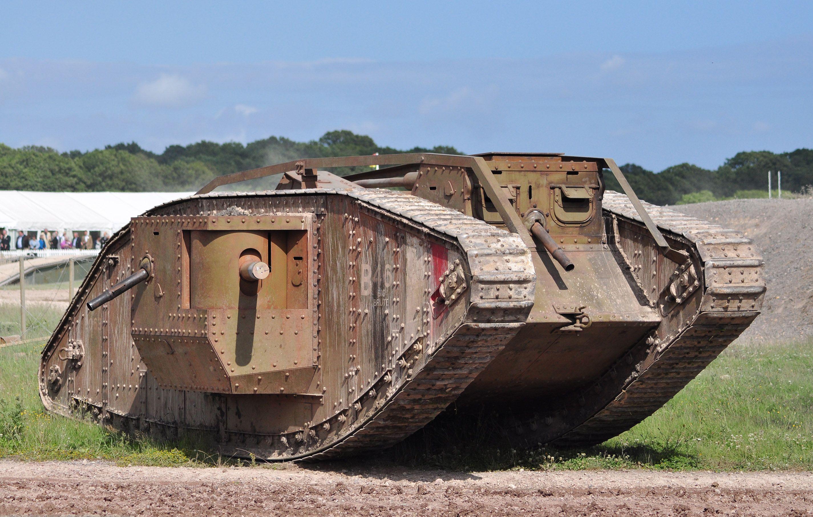 люстры танки первой мировой фото этот молодой
