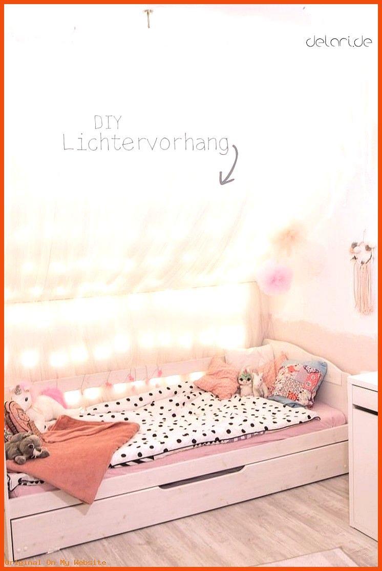 Jugendzimmer Kinderzimmer DIY Ideen Traumf nger Lichterkettenhimmel Dachschr ge Bett ...