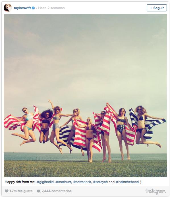 """[VOGUE NEWS] @TaboadaLucia: """"Moderar la visita a los perfiles de famosos en verano"""". El porqué http://bit.ly/1DAUHZp"""