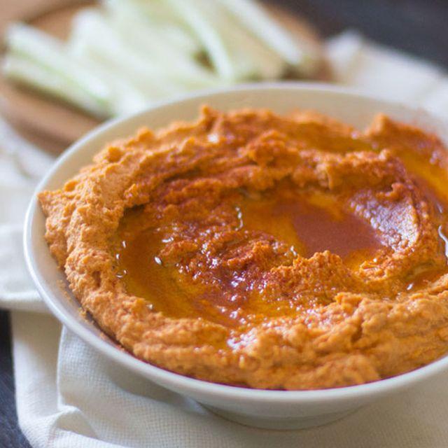 """Cómo preparar hummus de piquillos con Thermomix Mitad de semana y vamos a la carga con una receta de la nueva colección que ya está disponible en www.mithermomix.es, """"Soy vegetariano"""", una colección d"""